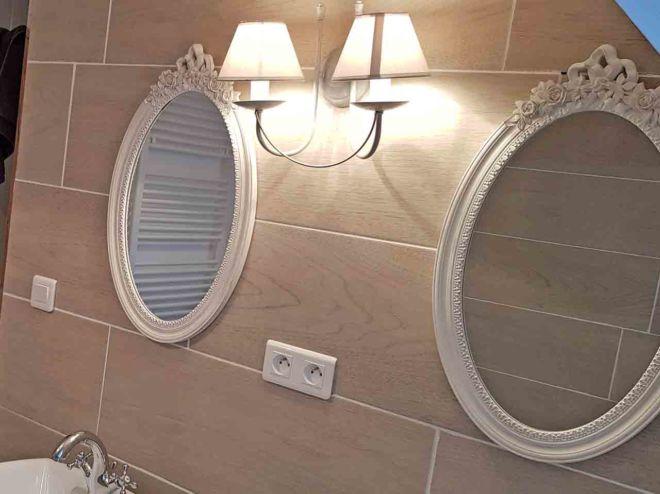 Salle-de-bain3-Ostaldelroc-Laguiole